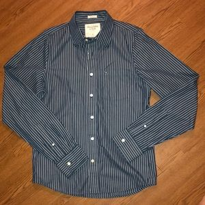 🎁New w/o Tags🎁 Abercrombie&Fitch Button Down.